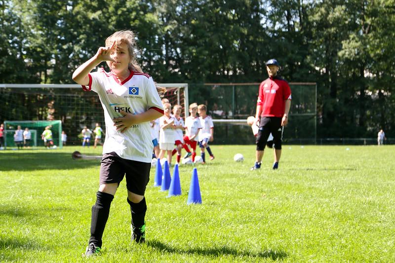 hsv_fussballschule-391_48047996708_o.jpg