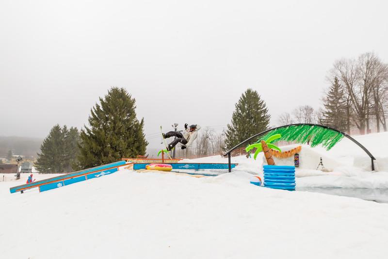 Pool-Party-Jam-2015_Snow-Trails-584.jpg