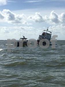 8-rescued-off-yacht-near-san-leon