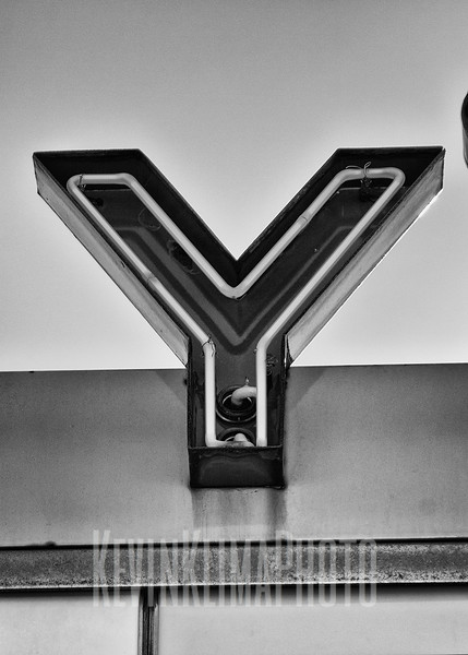 Y-2.jpg