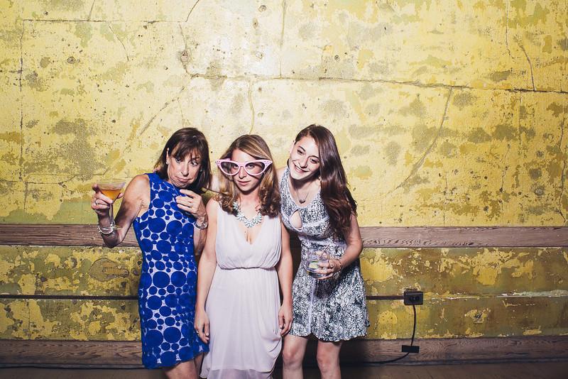 RachelJonPhotobooth-0104.jpg