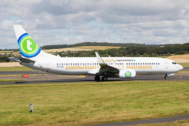 PH-HZE. Boeing 737-8K2. Transavia. Prestwick. 300707.