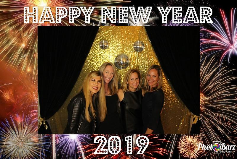 New Years 2019 Photobooth Pics (90).jpg