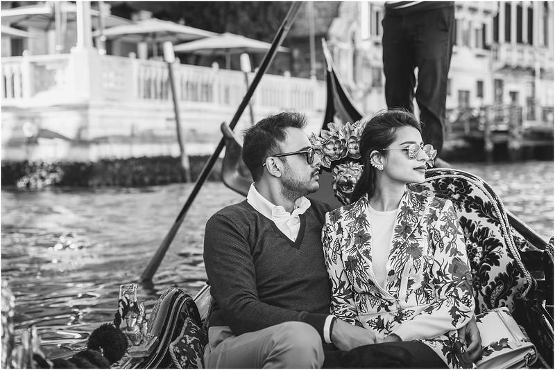 Fotografo Venezia - Elopement in Venice - Honeymoon in Venice - photographer in Venice - Venice honeymoon photographer - Venice photographer - Elopement Venice photographer - 47.jpg