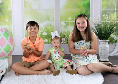 Anzlee, Ayden, and Avalynn | Easter 2021