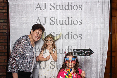 9-3-17 Sadie and Butch's Photo Booth