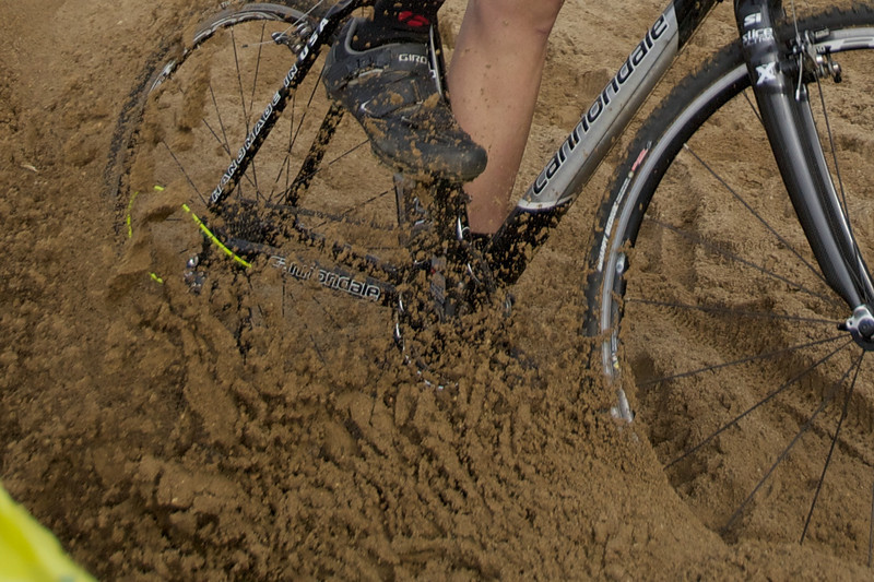 Fun in the sand at the @PurdueCycling XC race!