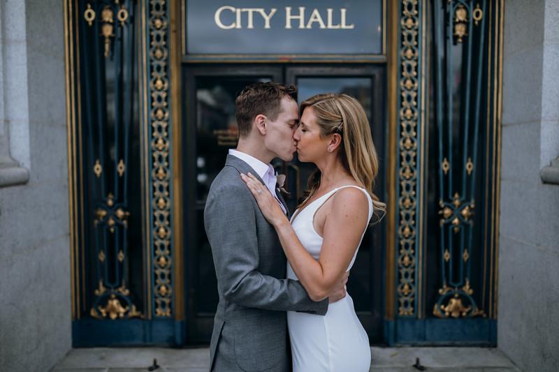 2018-10-04_ROEDER_EdMeredith_SFcityhall_Wedding_CARD1_0259.jpg