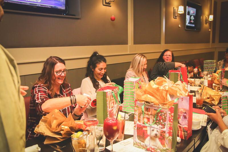 Team Carl Holiday Lunch 2016-25.jpg