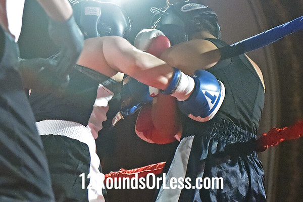 Bout 10 Sarah Judy, Blue Gloves. Old Angle BC, Twinsburgh -vs- Sarah Gaston, Red Gloves, BulaBoxing, Ashtabula, 141 Lbs, Female