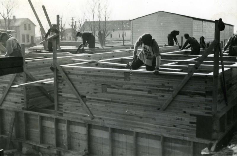 JA032.  Building annex on Farmers Elevator Co. – 1939 .jpg