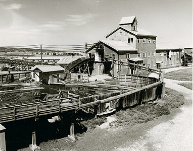 The reach and impace of Homestake Mine were felt everywhere throughout the Black Hills, including Spearfish.  This undated photo shows the Spearfish wood mill that was operated by Homestake.  Most of Linfred's presentation dealt with the very earliest years of Spearfish, and there was little about Homestake.  Nor did Linfred delve into much detail about Spearfish's unusual array of irrigation ditches.  He noted that such a topic would likely be yet another separate program.