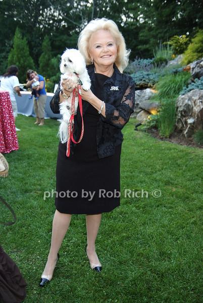 Jane Pontarelli .photo by Rob Rich © 2008 516-676-3939 robwayne1@aol.com