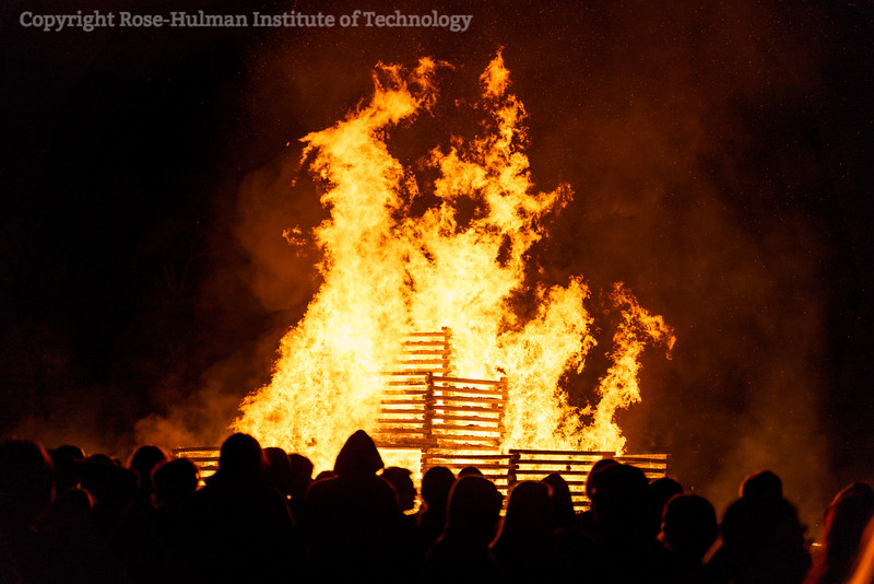 RHIT_Homecoming_2019_Bonfire-7572.jpg