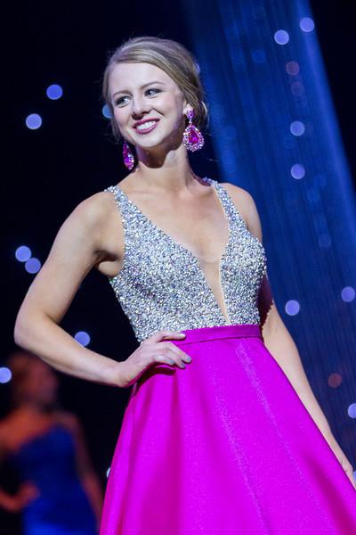Miss_Iowa_20160610_203336 (1).jpg