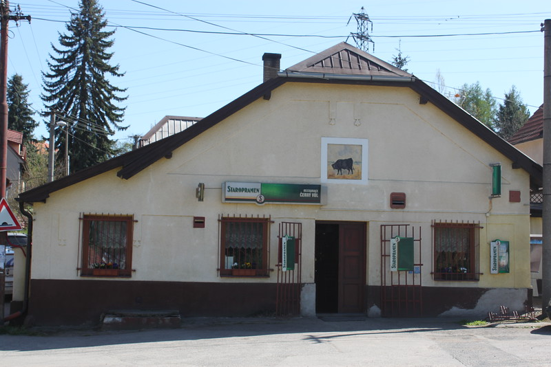 Pub-Restaurant-Cerny-Vul 0.4km (Closed)