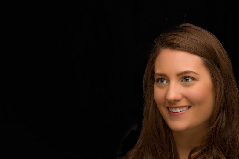 Kirsten Headshot (100 of 116)-Edit.jpg