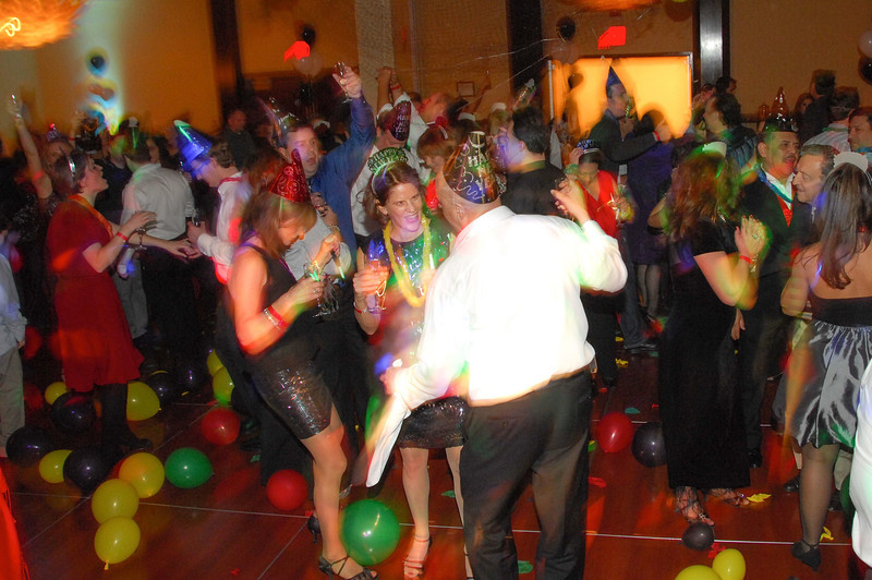 20121231 - Dancing NYE CT - 045-sm.jpg