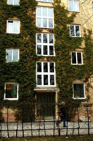 Kris March 2006 Project - Buildings