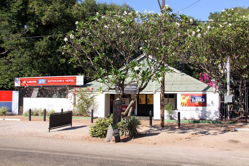 Mataranka Hotel
