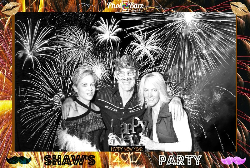 Shaws NYDay Party (96).jpg