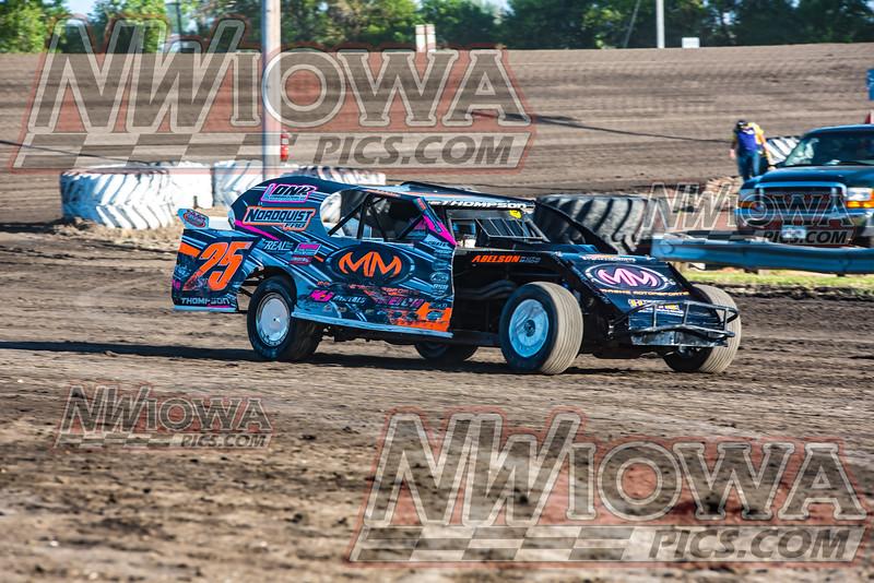 5/31/2017  Peterson Jewelry -Hondos weekly racing