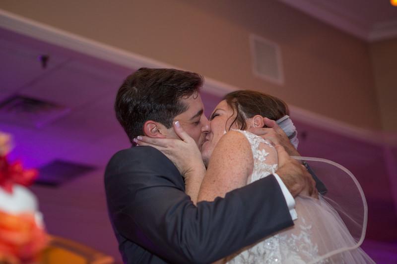 MRN_1484_Loriann_chris_new_York_wedding _photography_readytogo.nyc-.jpg.jpg