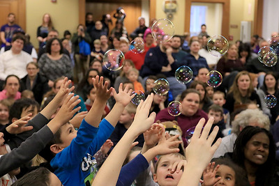 Mike the Bubbleman at Leominster Library, January 5, 2019