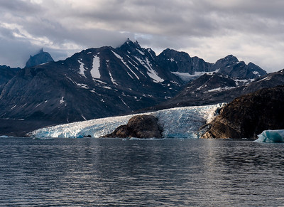 GREENLAND -  a six day trek along the arctic fjords of East Greenland