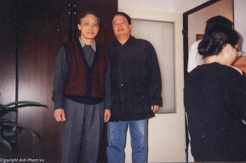 Co Lan Huong Visit 90s 17.jpg