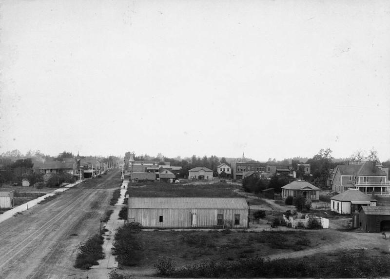 Anaheim-ElevatedViewOfCenterStreet-LookingWest-1891.jpg
