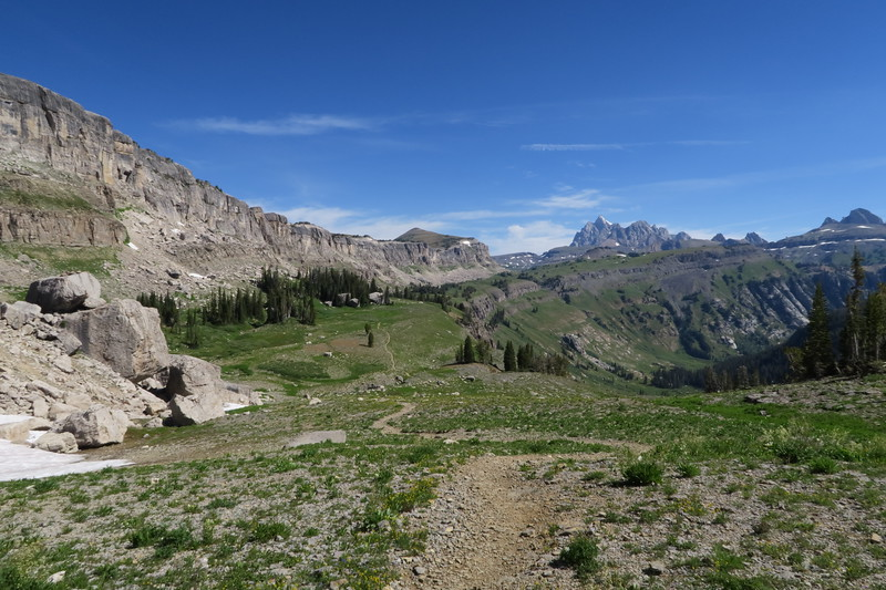 Approaching Death Canyon Shelf