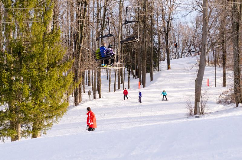 Slopes_1-17-15_Snow-Trails-74293.jpg