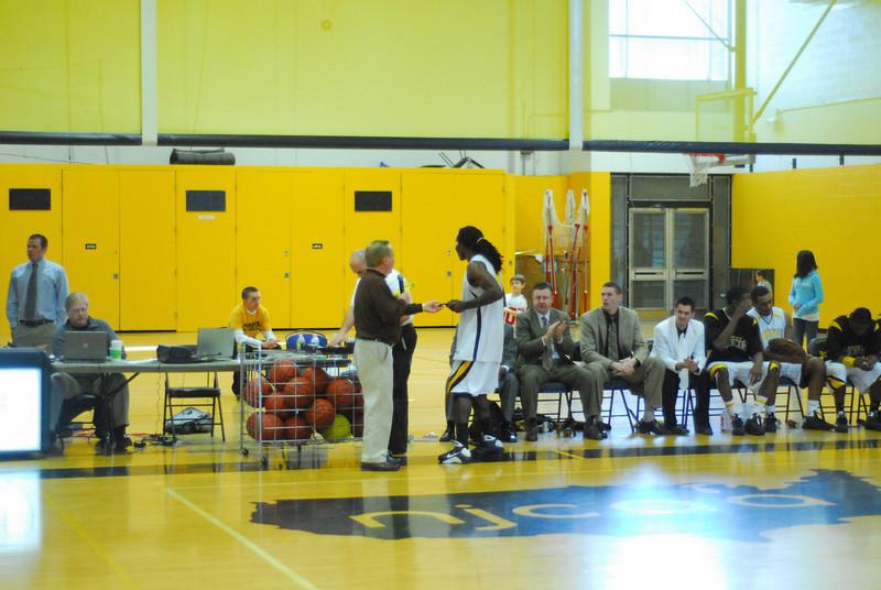 20090301_MCC Basketball_5740.JPG