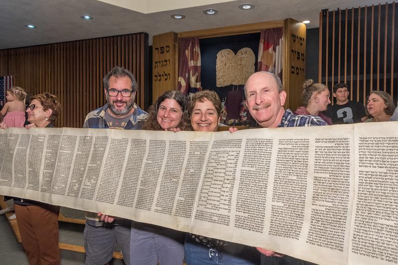 Simchat Torah-360.jpg
