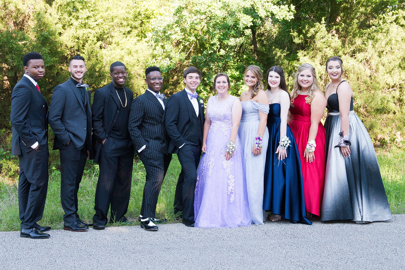 2019-04-27 Legacy Prom Pictures 050.jpg