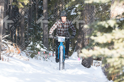 GRIZZLY Fat Bike Enduro  trees