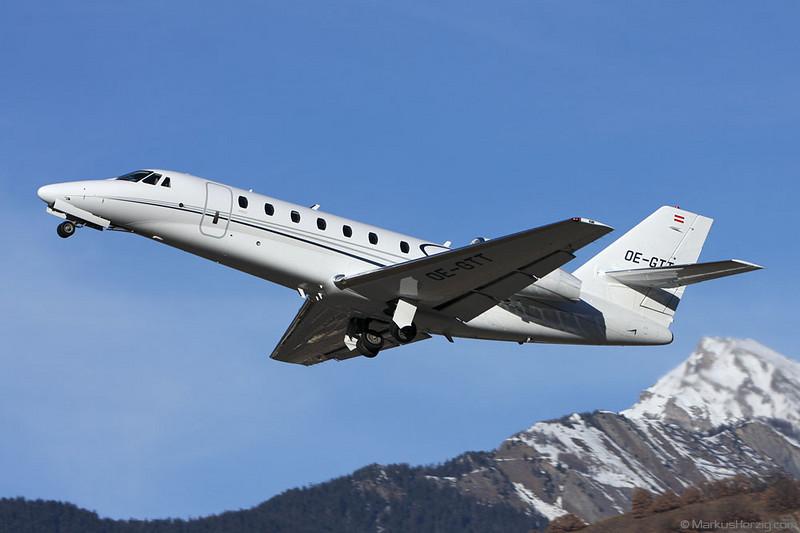 OE-GTT Cessna 680 Comfort Air @ Sion Switzerland 28Dec07