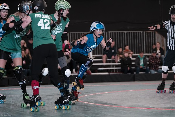 Toxic AvengHers vs Mighty Rollers (Div 2)