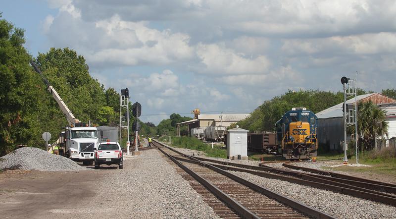 CSX signal replacement in Okeechobee, Fl.