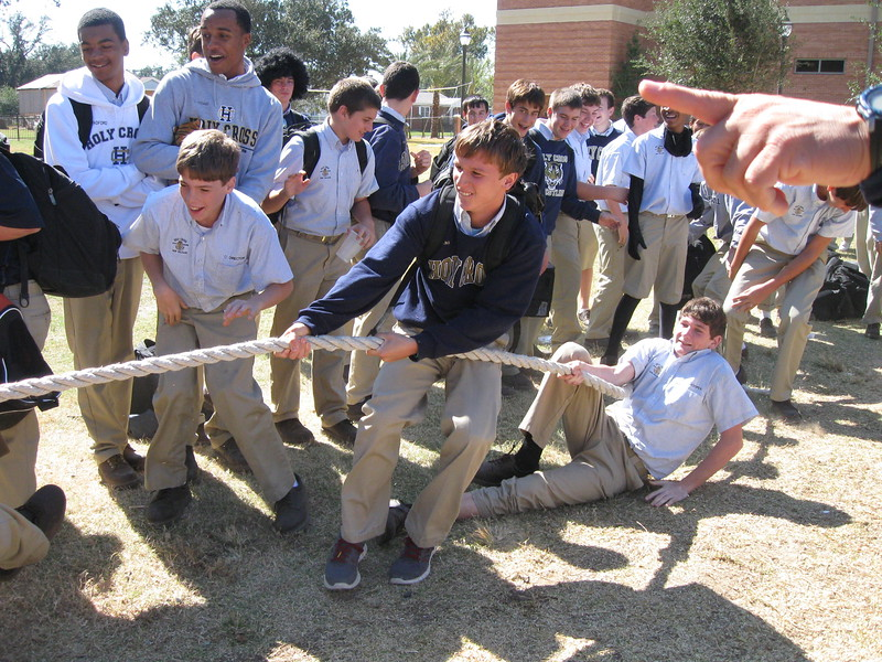 \\hcadmin\d$\Faculty\Home\slyons\HC Photo Folders\Sink Your Teeth into Science\TOP Week_Tug of War\SYTIS_10_31_11 032.JPG
