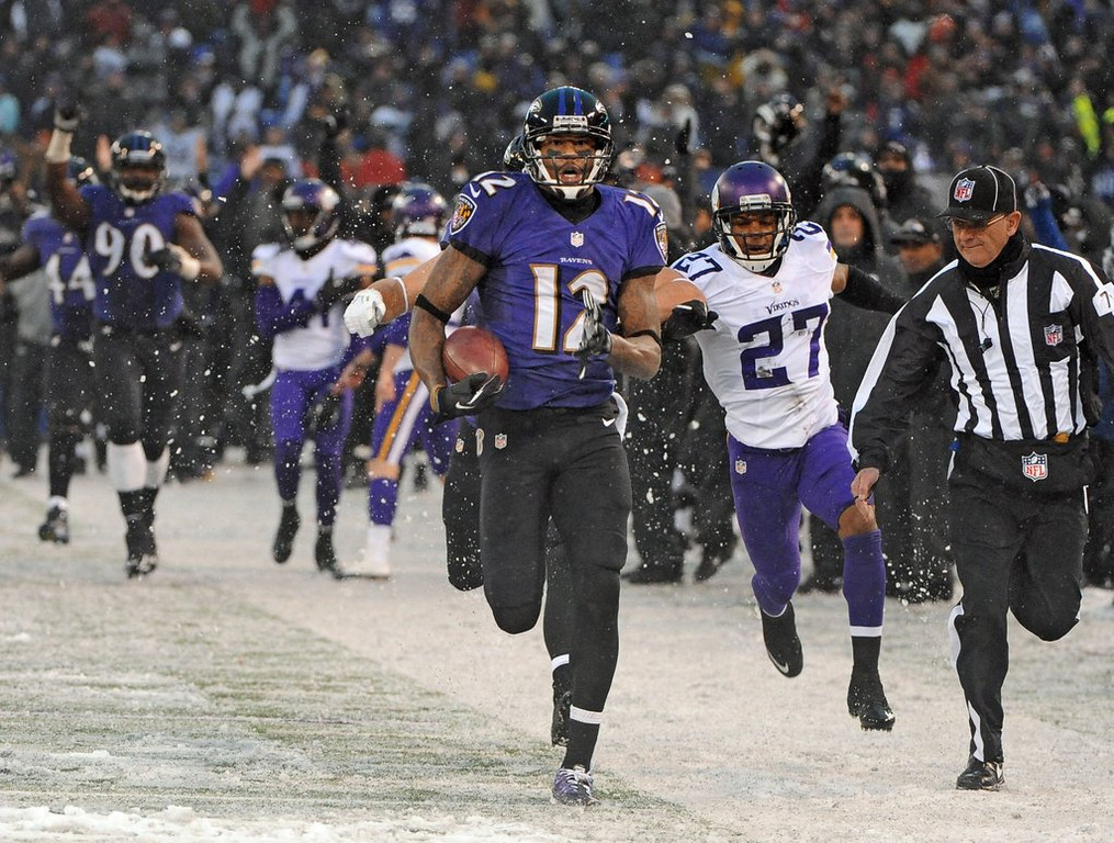 ". <p><b> NFL history was made during Sunday�s Vikings-Ravens game when this happened a record six times during the fourth quarter � </b> <p> A. The lead changed hands <p> B. A touchdown pass was thrown <p> C. The game officials did tequila shots <p><b><a href=\'http://www.twincities.com/sports/ci_24682694/minnesota-vikings-upset-officiating-loss-ravens\' target=""_blank\"">HUH?</a></b> <p>    (Kenneth K. Lam/Baltimore Sun/MCT)"