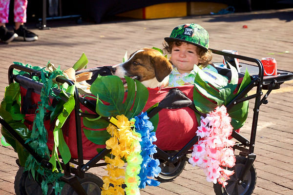 Santa Fe Pet parade