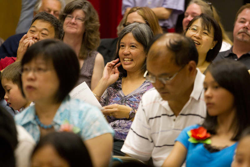 Audience's reaction to performance: KB and 1A – 熊貓 (Panda)  Chinese School of Delaware 2011 Commencement Ceremony, 6/5/2011