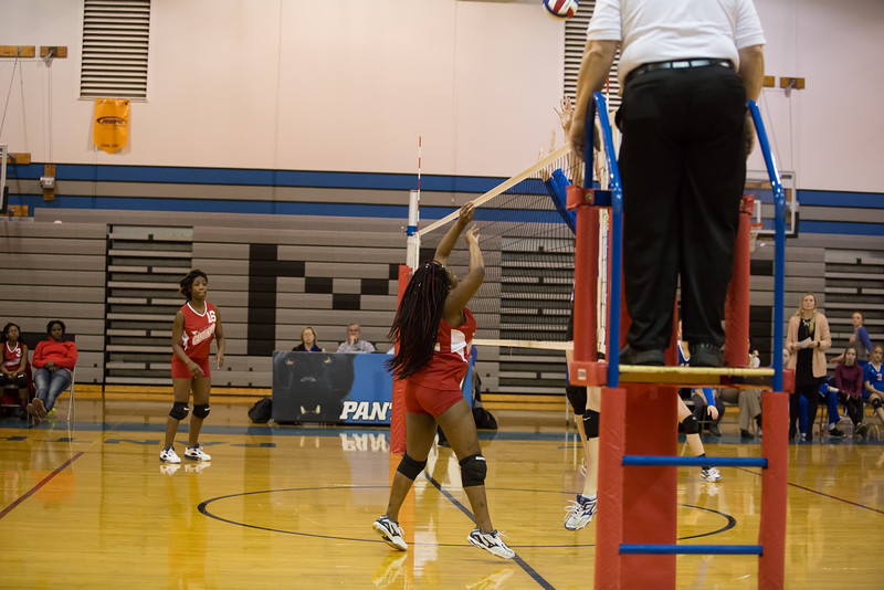MC Volleyball-8949.jpg