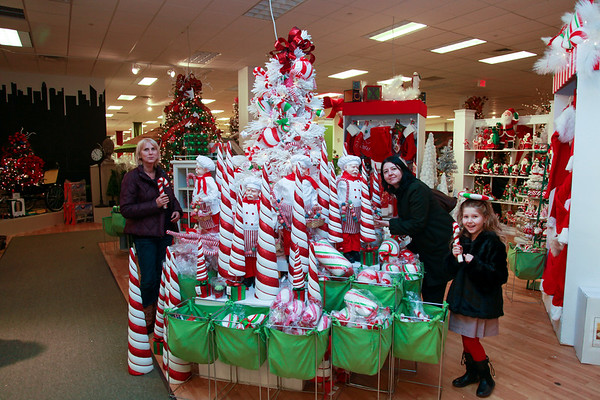 Fortunoff Christmas store - December 10, 2011