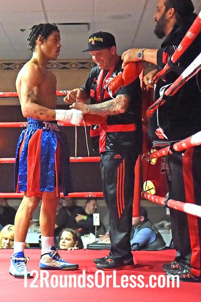Bout 1 Jerrell Harris, Washington DC -vs- Anthony Dave, Akron, OH, 150 lbs