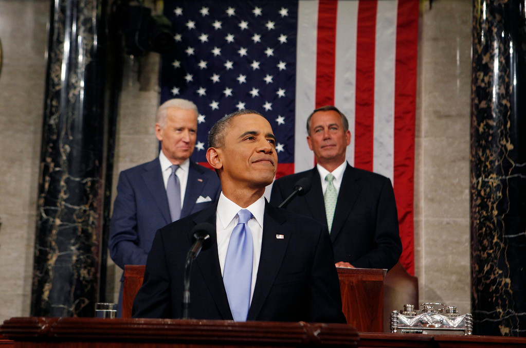 . US President Barack Obama smiles as he arrives to deliver his State of the Union speech before a joint session of Congress on the floor of the US House of Representatives in the US Capitol in Washington, DC, USA, 28 January 2014.  EPA/LARRY DOWNING