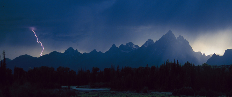 Teton Lightening.jpg