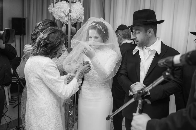 Miri_Chayim_Wedding_BW-592.jpg